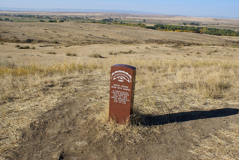The brown markers are where the indian warriors fell.