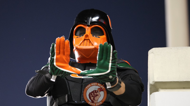 The Dark Lord Of The Sith himself, Miami Fan Darth Vader, poses for a photo in the second half. (Mark Umansky/TheKeyPlay.com)