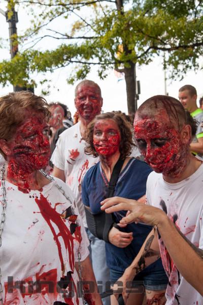 ZombieWalk2012131012007.jpg