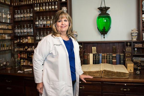 Kathy Quarles-Moore - Pharmacy History Museum