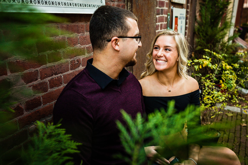 MICHELLE AND NICK - OLD CITY ENGAGEMENT SESSION - 18.jpg
