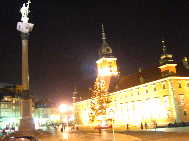 Castle at night in old town Warsaw