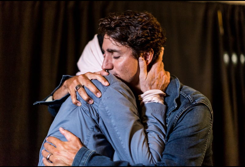 Gord Downie with Prime Minister.png