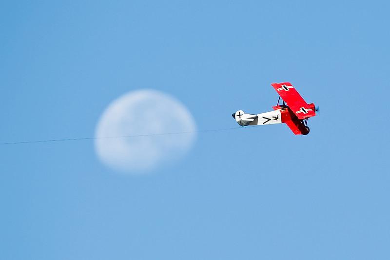 Electrifly_FokkerD7_moon_12.jpg