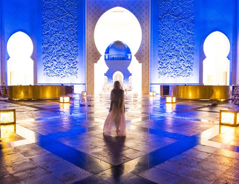 mosque-1620x1250.jpg