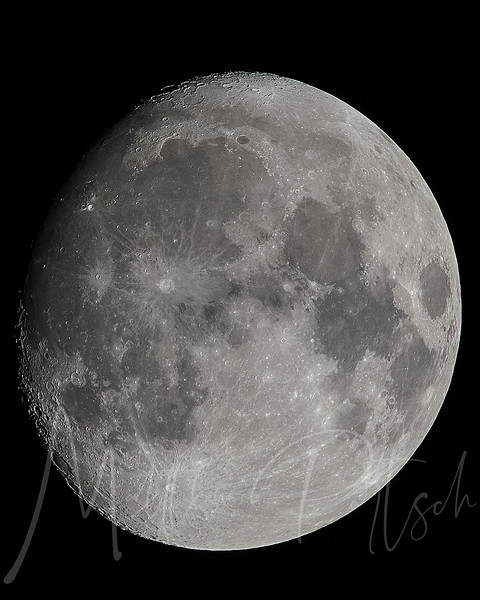 Super Excited about my new sigma 150-600mm lens!  Check out the moon! #moon_of_the_day #big_shotz #sigma150600 #natureaddict #igworldclub#nature_perfection #instamoon #moonporn#moonpics #nasa #photowall #magicpict #follow#ig_exquisite #worldunion #world_shotz#ig_captures #worldcaptures #moon#fullmoon #award_gallery  #igmoon#astrophotography