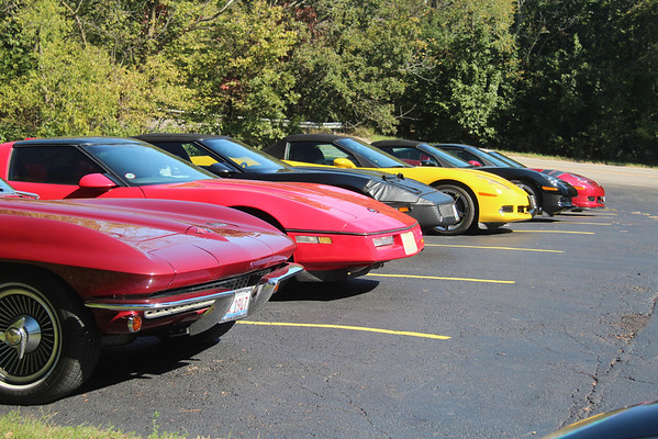 10.13.13 Diamond Mineral Springs Corvette Show