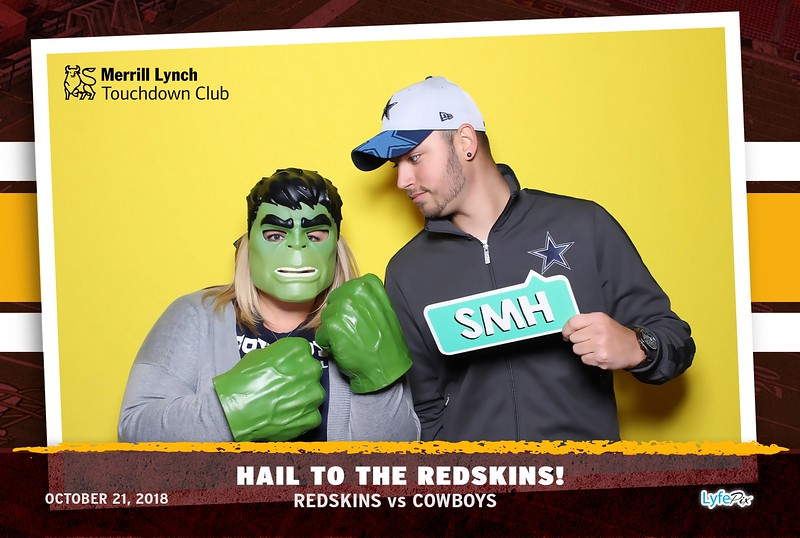 washington-redskins-dallas-cowboys-merrill-lynch-touchdown-club-photobooth-132025.jpg