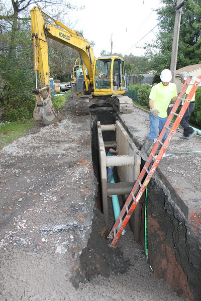 Sewer Construction, Hometown (9-30-2011)