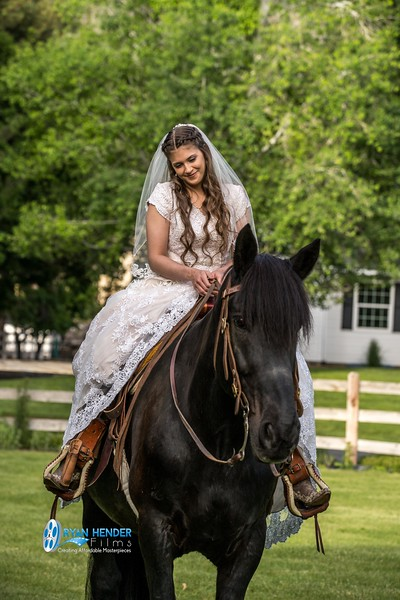 barbwire and lace bridal photo shoot brooklyn -77.jpg