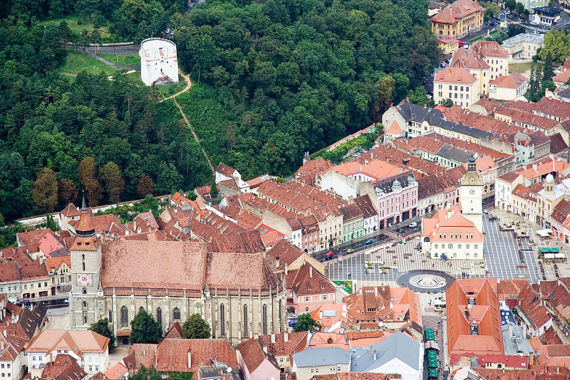 brasov-from-the-sign-church-square-white-tower-transylania-romania.jpg