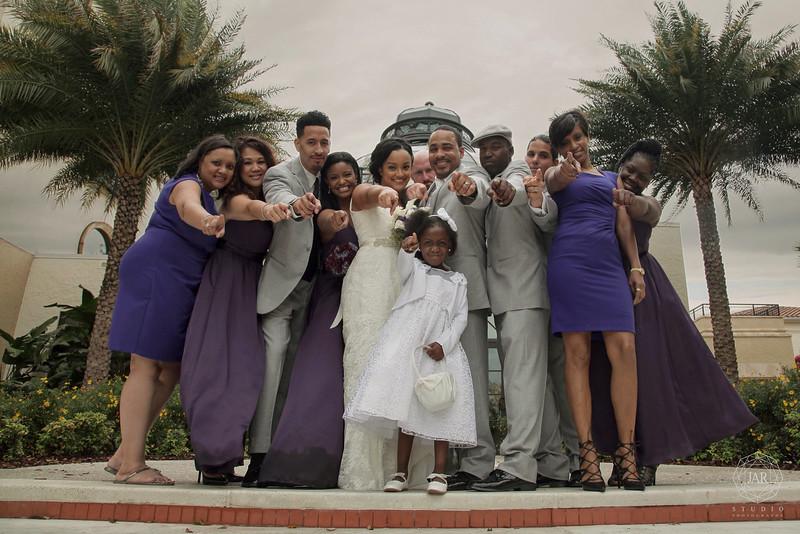 22-bridal-purple-bridesmaid-dresses-jarstudio.JPG