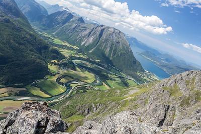 Romsdalseggen ridge hike