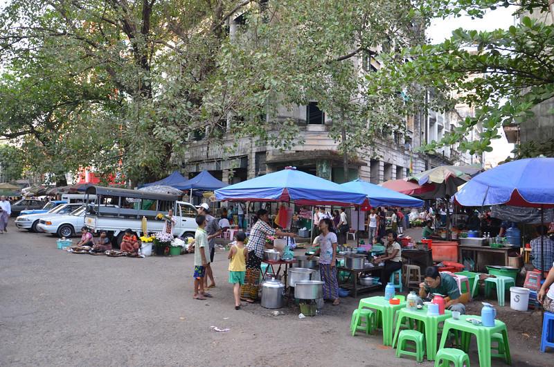 DSC_5118-bank-road-street-food.JPG