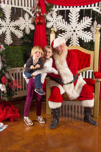 Santa 12-16-17-192.jpg