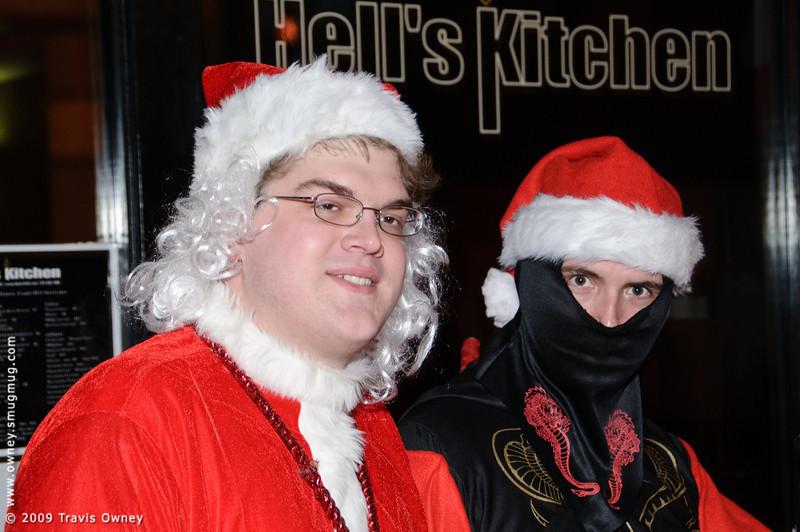 2009 ALS Santa Crawl-29.jpg