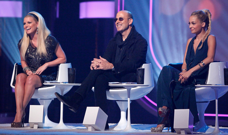 ". Jessica Simpson, John Varvatos and Nicole Richie in NBC�s �Fashion Star."" Season 2 of the reality show returns Friday with mentors Jessica Simpson, Nicole Richie and John Varvatos, and with Glamour Magazine fashion editor-at-large Louise Roe as host. (Photo by: Tyler Golden/NBC)"