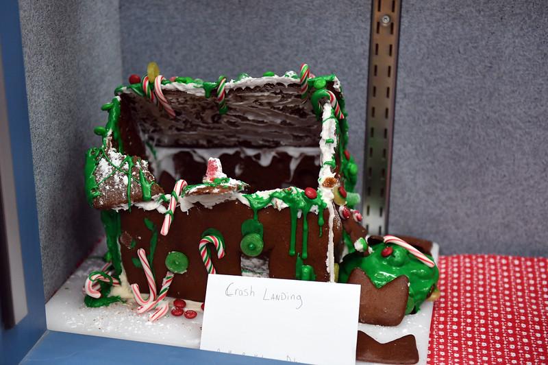ginger-bread-house_4750.jpg