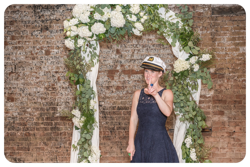 Laren&Bob-Wedding-Photobooth-110.jpg