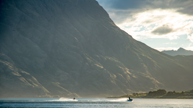 jet ski on hawea 2-4.jpg