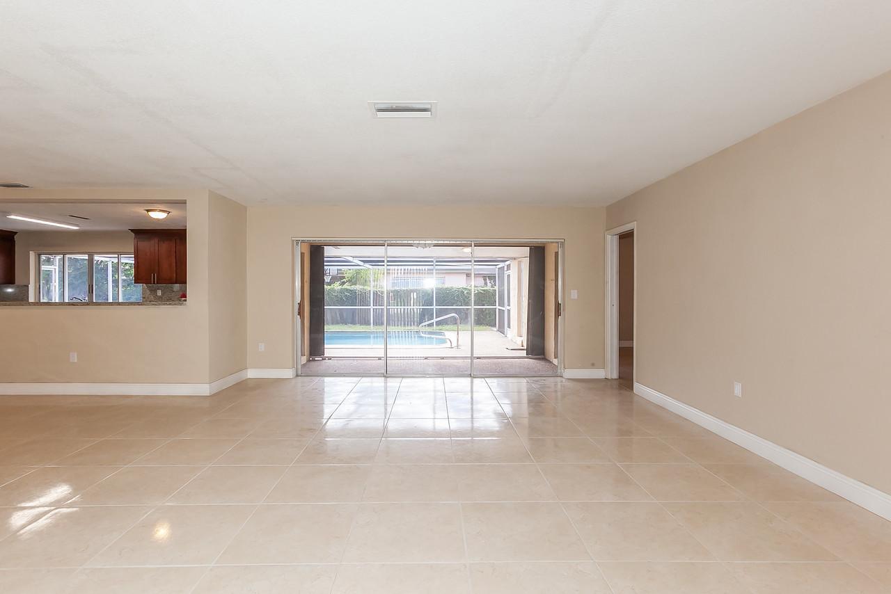 Livingroom / pool