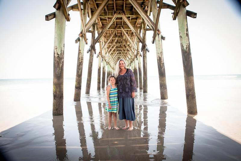 Creative Family Beach Photos-22.jpg