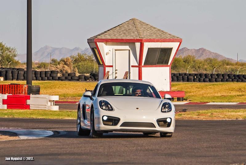 Porsche-Cayman-white-4991.jpg
