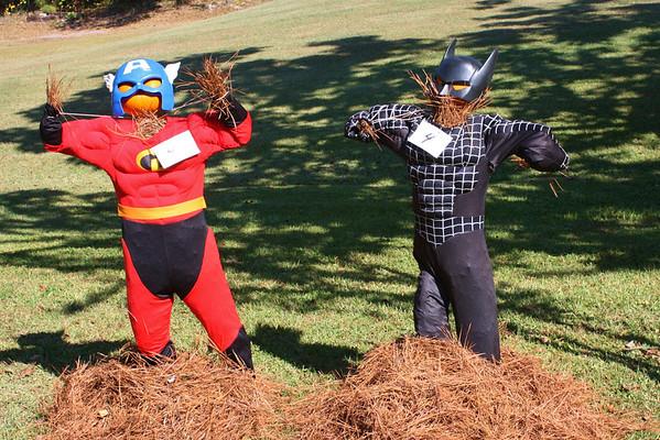HL Scarecrow Contest 2013