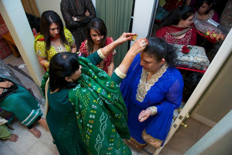 Rahim-Mehndi-2012-06-00409.jpg