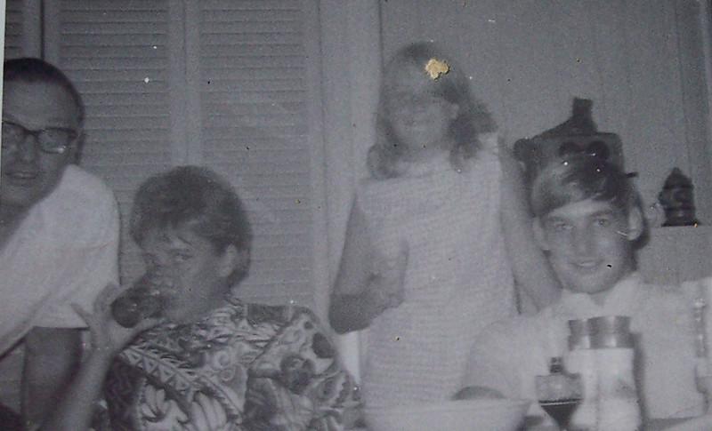 Mom/Joan Skinner, Vicki Skinner & Bob Tischler