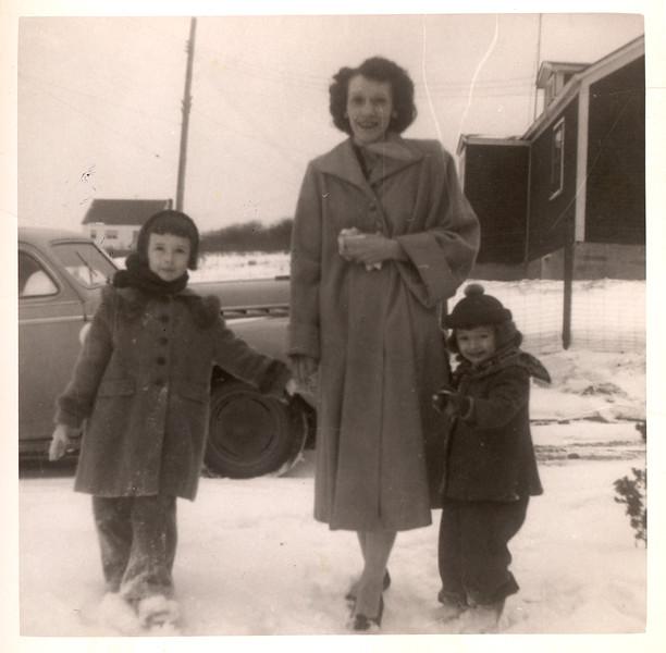 1955_grandma_mom_barb_lokey.jpg