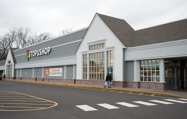 12/31/18 Wesley Bunnell | Staff Stop & Shop on West Main St in New Britain which will be open on New Years Day.
