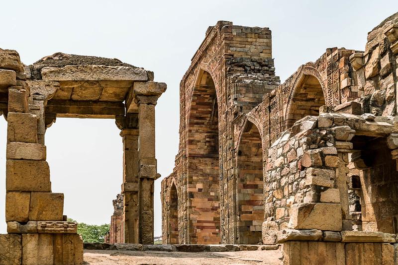 Qutab-Minar-1818.jpg