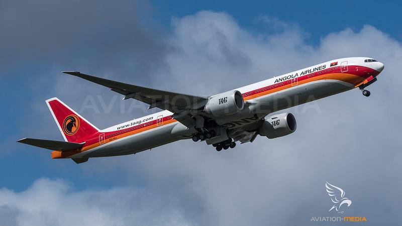 TAAG / Boeing B777-3M2(ER) / D2-TEJ