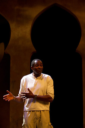 Photos: Berkeley's Carl Lumbly returns to the stage