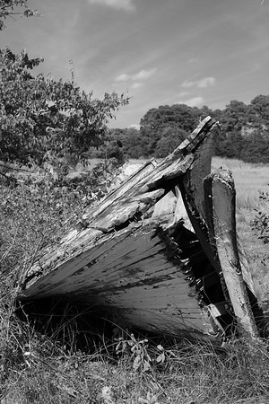 Old boat in marshes near Oyster, Eastern Shore, VA. © 2020 Kenneth R. Sheide
