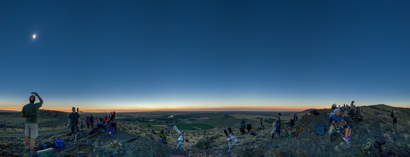 South Menan Butte Eclipse Panorama.jpg