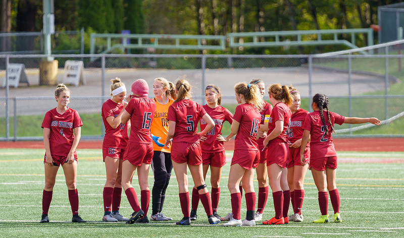 2019-09-28 Varsity Girls vs Meadowdale 069.jpg