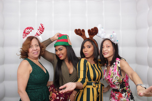 The Maxwell NYC Holiday Party 2019