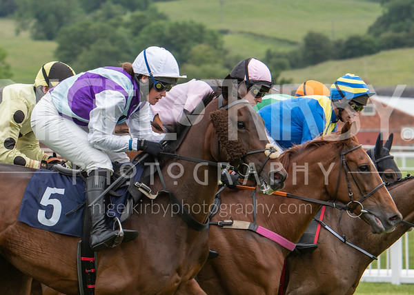 Uttoxeter Races - Wed 19 June 19