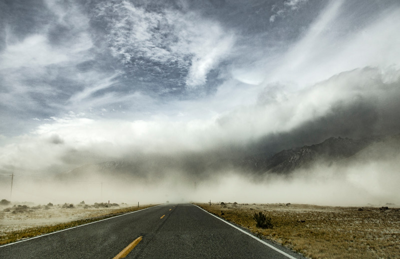 Owens-Valley-dust-storm-coveringroad-April7-2017.jpg