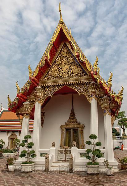 One of four Phra Vihara Kods
