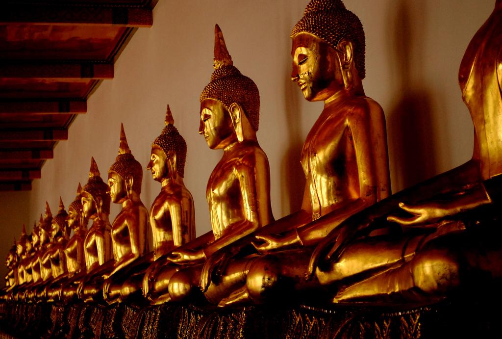 Line of Buddha -Wat Pho