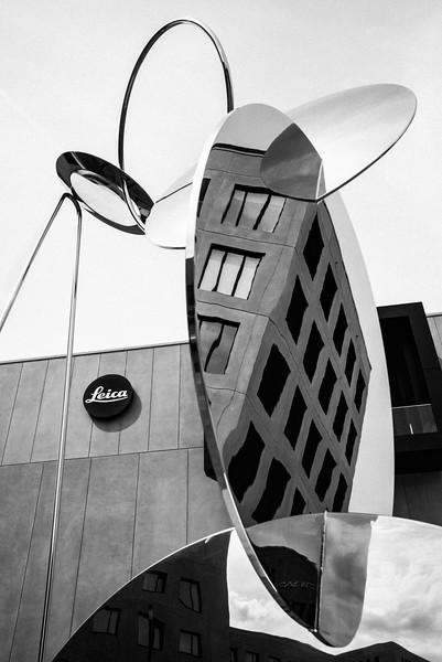 LEITZ_PARKIII+STATUE_REFLECTIONS.jpg