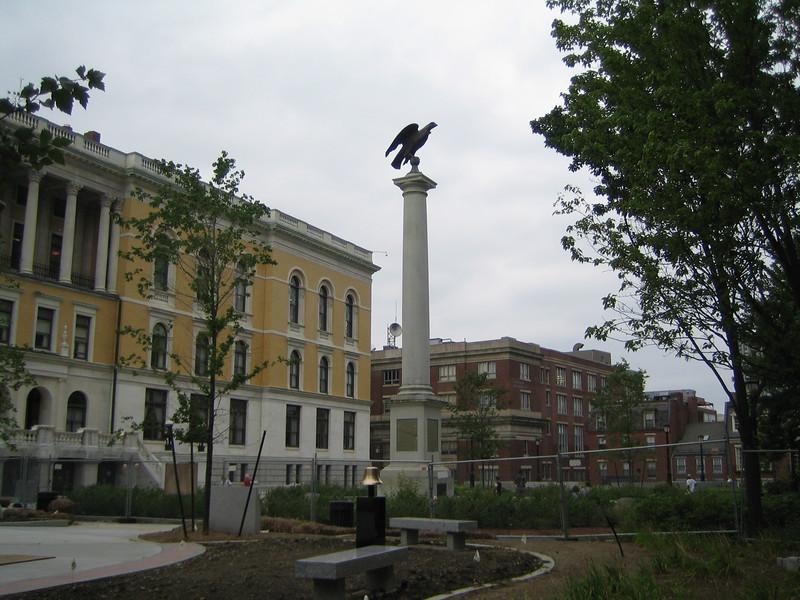 Beacon Hill Monument