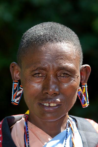 Masai Woman _IMG_9625.jpg