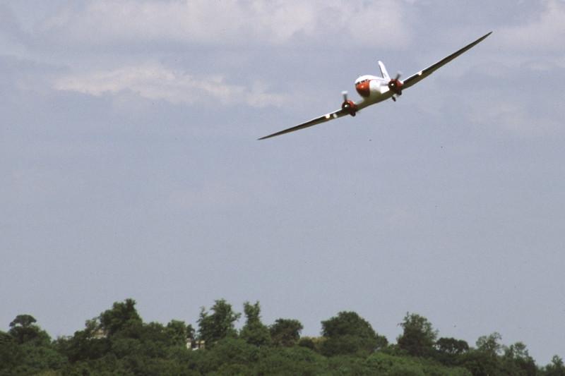 G-DAKK-DouglasC-47A-35-DL-SouthCoastAirways-EGKB-2000-06-03-HV-40-KBVPCollection.jpg