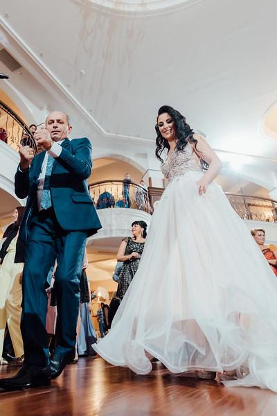 0988 - Andreea si Alexandru - Nunta.jpg
