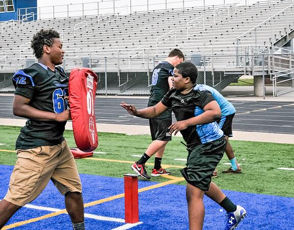 Kids Spring Football Camp 05-28-16-12