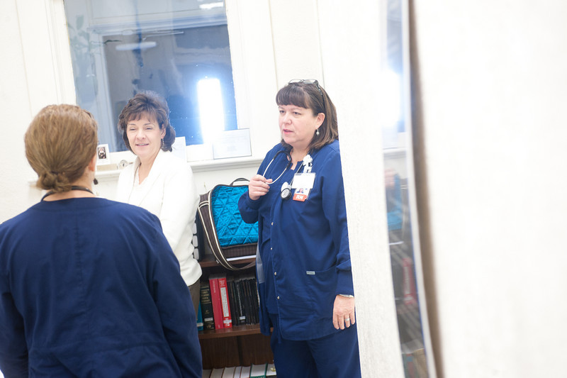 12_14_10_st_ann_clinic-00083.jpg